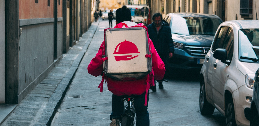 Guide to Pick the Best Food Delivery Service